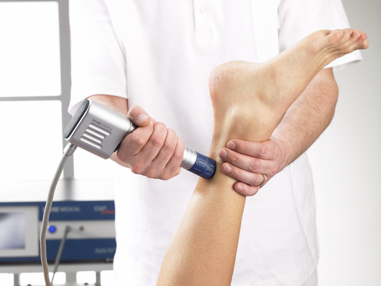 leczenie-sciegna-achillesa-fala-uderzeniowa